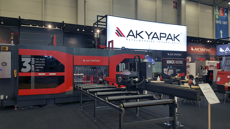 Akyapak Machinery Technology showed in Maktek Eurasia